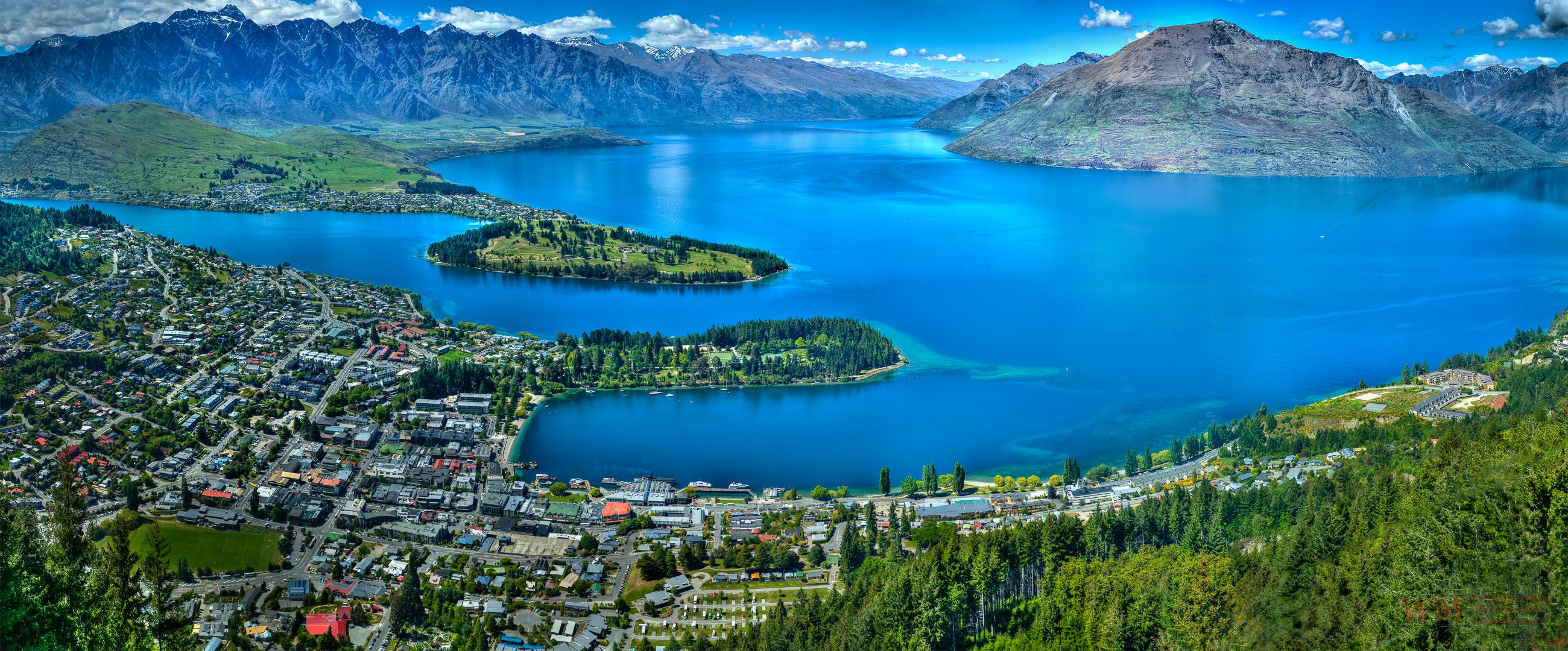 Queenstown-Bay.-New-Zealand-wmphotos.com_