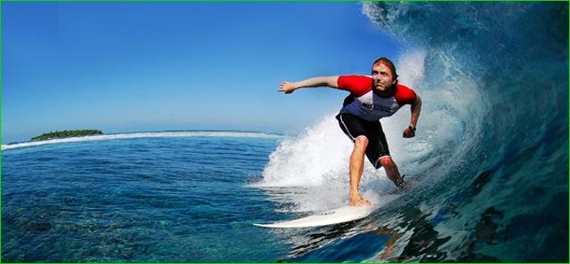 maldives_surfing-island