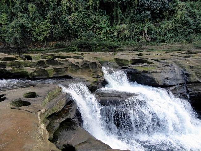 Nafakhum-Waterfall