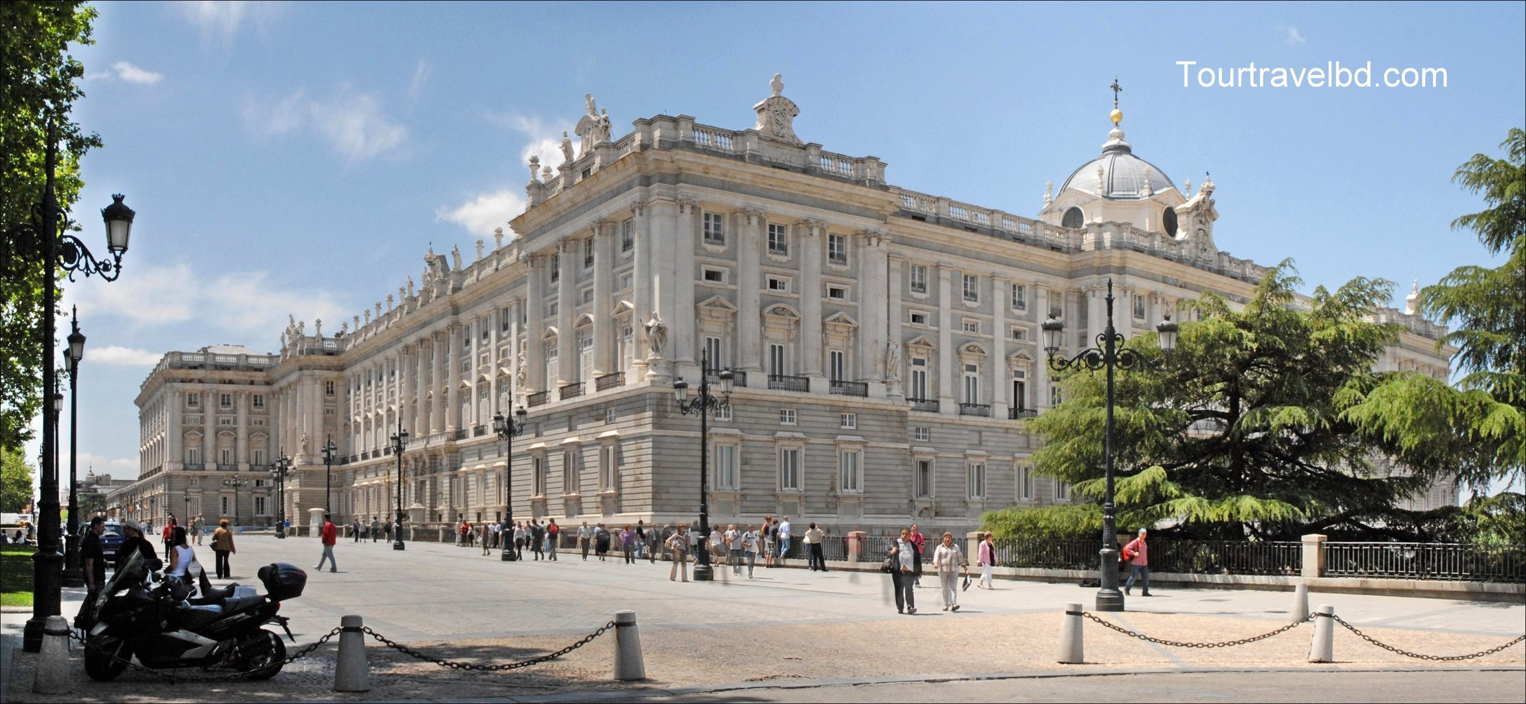 Palacio_Real_(Madrid)_17
